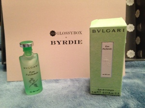 Bvlgari - Eau The Vert, I LOVE how even this fragrance sample is larger than the typical sample vial